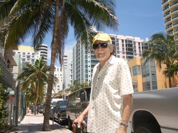 Augustpop_in_miami_beach